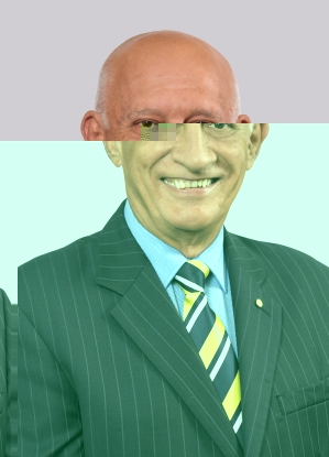 Photograph of Mayor of Cairns Regional Council.